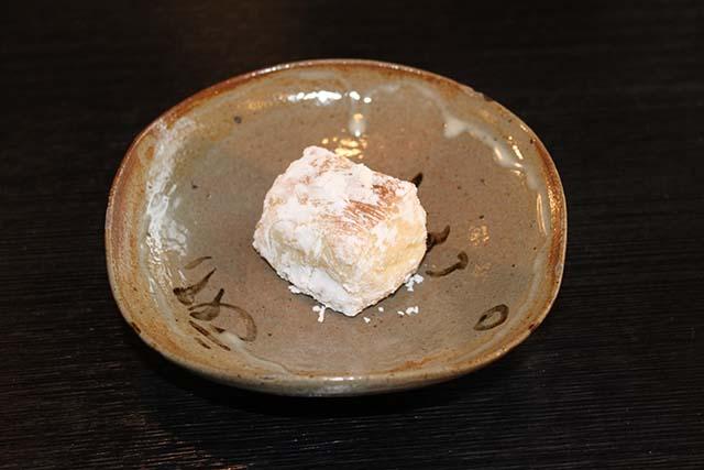温かい胡麻豆腐